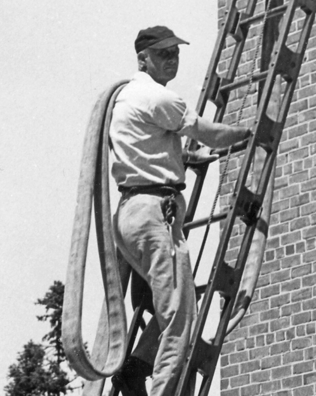 Vintage Raleigh Training Tower Photo - Legeros Fire Blog