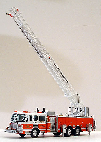 Die Cast Fire And Emergency Vehicles Aerial Ladders