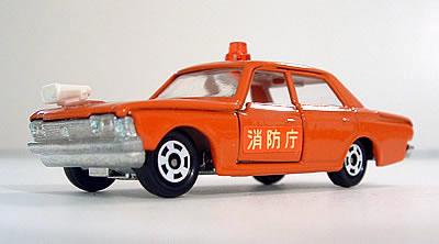 Minichamps 1:43 Opel Kadett cantina 1979-orange